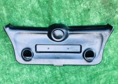 Обшивка крышки багажника внутренняя нижняя