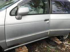 Дверь передняя левая Nissan R'Nessa NN30 N30 PNN30