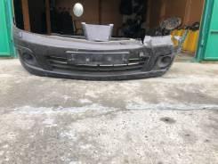 Передний бампер на Nissan Tiida