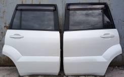 Дверь боковая задняя левая/правая цвет 070 на Land Cruiser Prado 120