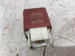 Реле фар Toyota Previa [TCR11L-0150]
