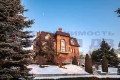 Продается элитный дом. Улица Аренского 71а, р-н Седанка, площадь дома 671,0кв.м., площадь участка 3 000кв.м., централизованный водопровод, электри...