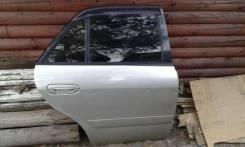 Задняя правая дверь на Mazda Capella