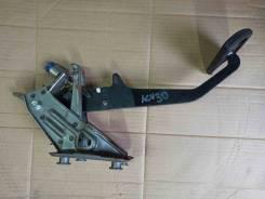 Педаль тормоза Toyota Camry ACV30 2AZFE рестайлинг 47101-33090