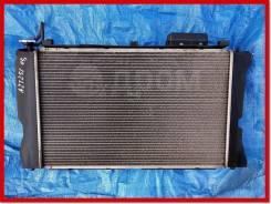 Радиатор охлаждения двигателя Toyota Avensis AZT251