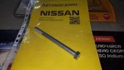 Болт ходовой части на Nissan Vanette Аналог