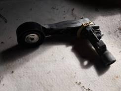 Натяжитель ремня генератора Citroen C4 2012 год