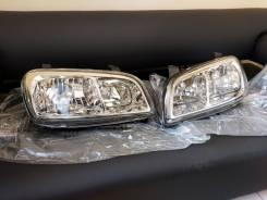 Фара передняя Toyota RAV4 98-00 хрусталь
