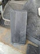Подставка под ногу Toyota Camri ACV30 2AZ