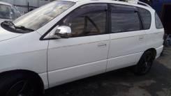 Двери задние на Тойота Ипсум SXM10
