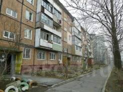 3-комнатная, улица Сахалинская 53. Тихая, проверенное агентство, 60,2кв.м. Дом снаружи