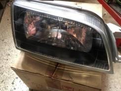 Фара правая оригинальная Toyota Caldina 96-02 год !