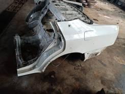 Крыло заднее левое Toyota Crown Majesta UZS155 JZS155