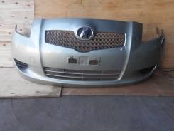 Бампер передний контрактный Toyota Vitz SCP90 4138