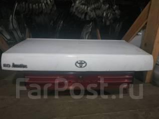 Крышка багажника Toyota Camry