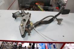 Педаль сцепления в сборе с цилиндром сцепления Toyota 31301-12370