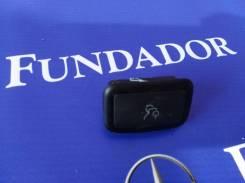 Кнопка открывания багажника Mercedes-Benz C-Class W204 [A2048700251]