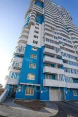 Места парковочные. улица Сабанеева 14в, р-н Баляева, 30,0кв.м., электричество. Вид снаружи
