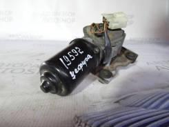 Моторчик стеклоочистителя передний Nissan Cefiro А32 1994-2000