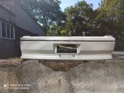 Продам задний бампер на Toyota Vista Ardeo