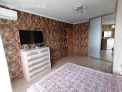 2-комнатная, улица Каштановая 11. Чуркин, проверенное агентство, 52,0кв.м.