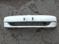 Передний бампер Toyota Platz первая модель с Дефектами!