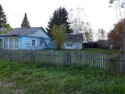Продам дом в с. Орехово. Улица Фадеева 5, р-н с. Орехово, площадь дома 57,1кв.м., площадь участка 228кв.м., скважина, электричество 19 кВт, отопле...