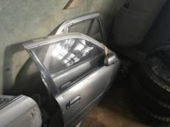Дверь Toyota Camry SV30 CV30 SV33 SV35 правая передняя