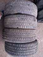 Dunlop SP Winter Ice 01, 215/60R16