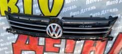 Решетка радиатора Volkswagen Touran 2 2010-2014