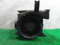 Корпус вентилятора Honda Civic 4D (FD)