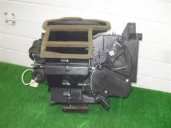 Корпус отопителя Ford Maverick TM1