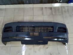 Бампер передний Toyota Hiace 2005