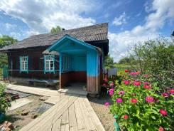 Продам дом в с. Бичевая. Бичевая, р-н 120 км от Хабаровска, площадь дома 30,0кв.м., площадь участка 4 300кв.м., от агентства недвижимости или поср...