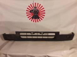 Бампер передний Toyota Hilux Surf