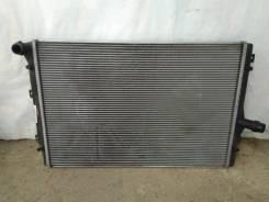 Радиатор охлаждения двигателя Volkswagen Audi Seat Skoda 1K0121251N