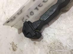Ограничитель двери передний правый [6862033100T] для Lexus ES VI [арт. 518166]