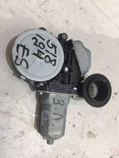 Моторчик стеклоподъемника задний левый [8571033271] для Lexus ES VI [арт. 518194]