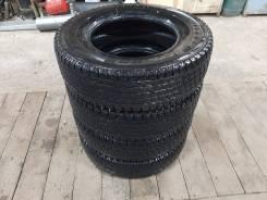 Bridgestone Blizzak Revo 969, 195/80/15LT