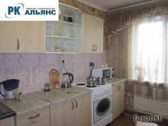 3-комнатная, улица Сабанеева 15. Баляева, агентство, 67,0кв.м.