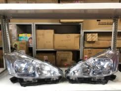 Фары комплект 47-42 Toyota Prius Аlpha Оригинал. отличное состояние