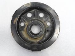 Чашка опоры амортизатора передний Toyota 48471-32050