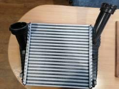 Радиатор интеркулера AUDI Q7 05-15, Porsche Cayenne 02-, Porsche Caye