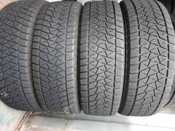 Bridgestone Blizzak DM-V2, P 215/70 R16