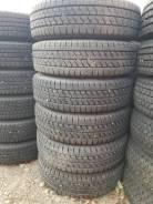 Bridgestone Blizzak W979, LT 205/70 R16 111/109L