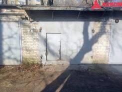 Гаражи капитальные. улица Луговая 28, р-н Луговая, 18,3кв.м., подвал. Вид снаружи