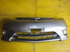 Бампер Toyota Estima ACR40 2005г. в. /Камера/ 2я модель код цвета 1D2