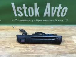 Блок управления магнитофоном Toyota LX80 8409122300