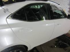 Дверь задняя правая Lexus IS300H AVE30