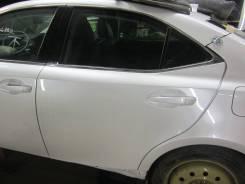 Дверь задняя левая Lexus IS300H AVE30